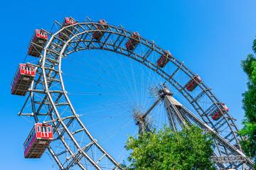 Foto op Plexiglas Wenen Wahrzeichen in Wien - Wiener Riesenrad im Wiener Prater.