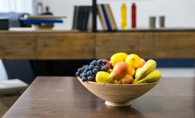 Photo sur Toile Fruits fruit in a plate