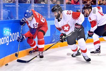 Olympics: Ice Hockey-Men Team Group A - CZE-SUI