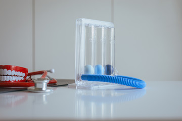 Incentivespirometer or three balls for stimulate lung on desk