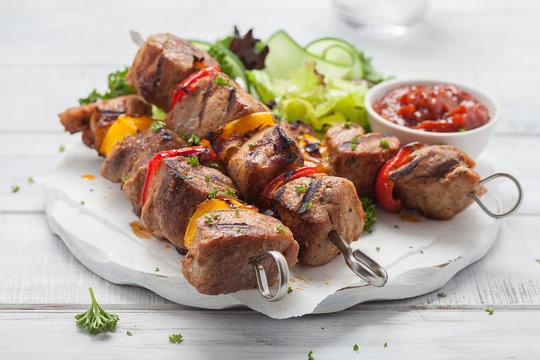 Grilled pork kebab with pepper