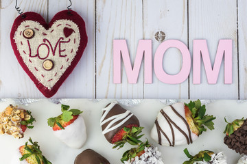 Chocolate covered strawberries. Gift for Mothers Day.