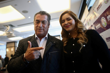 Independent presidential pre-candidate Jaime Rodriguez, also known as Bronco, gestures as he poses for a photo with his wife Adalina Davalos after a news conference in Mexico City