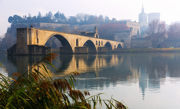 Pont Saint-Benezet and Avignon Cathedral in morning, France