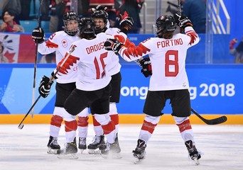 Olympics: Ice Hockey-Women Team Semifinal - CAN-OAR