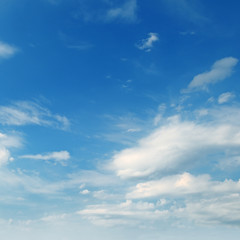 Light cumulus cloud in blue sky.