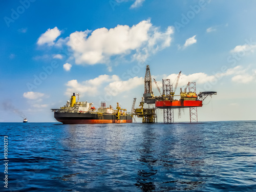 Offshore facility in oil industry construction, there are drilling