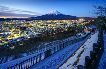 Fototapete - Mt Fuji and Fujiyoshida city at twilight, Japan