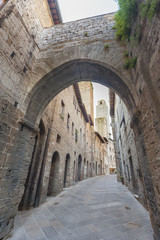 Fototapete - Alley in San Gimignano Medieval Village,Tuscany, Italy, Europe