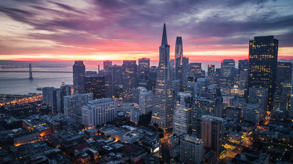 Fotobehang Amerikaanse Plekken San Francisco Skyline at Sunrise
