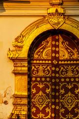 ທາດຫຼວງ golden pagoda wat Phra That Luang in Vientiane