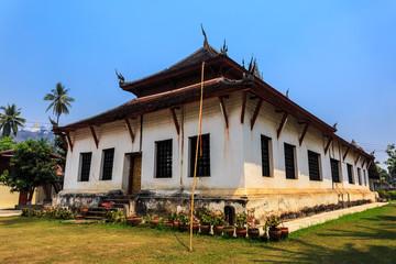 vat visounnarath luang prabang Laos