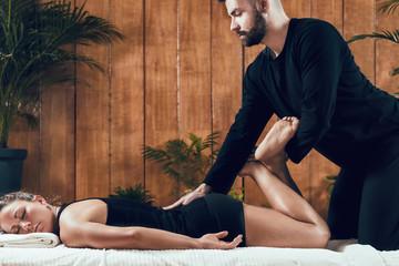 Shiatsu Back and Leg Massage