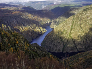 curves of the river Sil