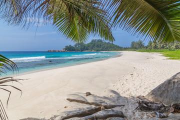 Police Bay Sandstrand auf Mahe Seychellen