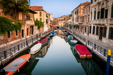 Back Canals Venice Traditional