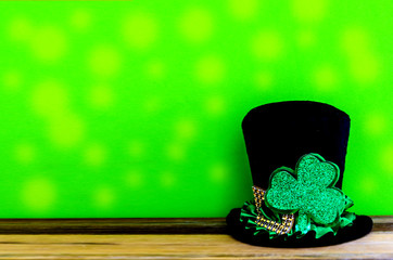 St. Patricks day background with hat and clover