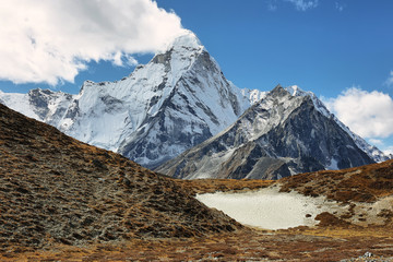 Amphu Gyabjen and Ama Dablan peaks views from Chukhung valley