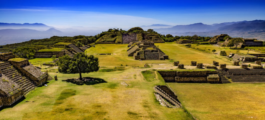 Spoed Fotobehang Mexico Mexico. Archaeological Site of Monte Alban (UNESCO World Heritage Site) - general view from the North Platform