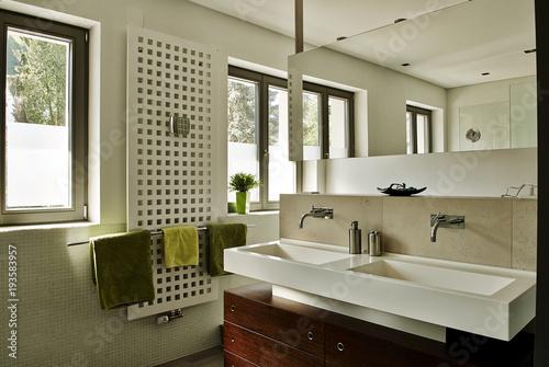 Badezimmer stylisch\