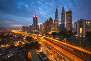 Poster Kuala Lumpur Kuala Lumpur city skyline in sunset