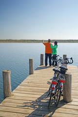 Pause am See - Fahrrad fahren