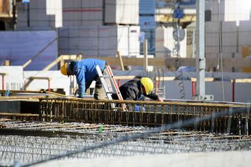 Bauarbeiten am Fundament