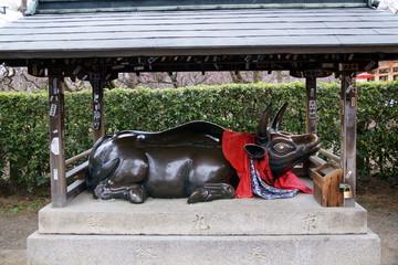 北野天満宮 牛の像