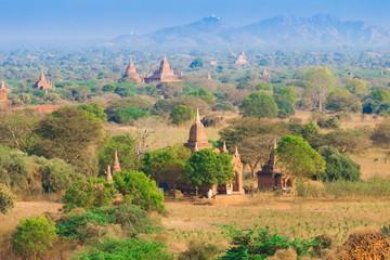 Foto op Aluminium Myanmar. Bagan. Landscape pagodas