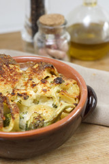 Pasta al forno broccoli e bechamel