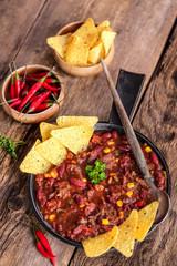 chili con carne et nachos