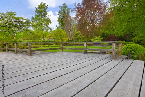 Japanischer Garten Mit Terrasse Stockfotos Und Lizenzfreie Bilder