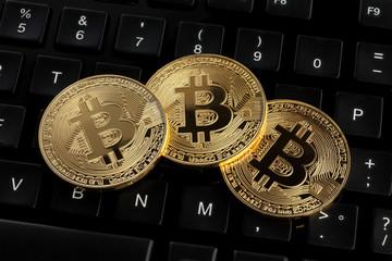 コンピュータキーボードの上のビットコイン