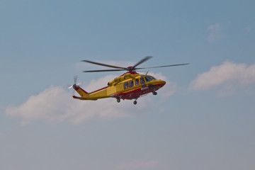 Fotobehang Helicopter Ambulance helicopter