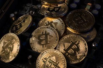 ビットコイン、仮想通貨、マザーポード、基盤