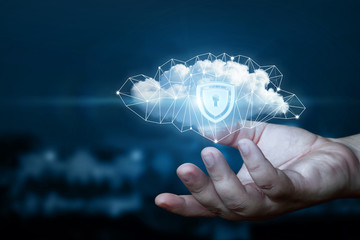 Hand shows a data cloud with a protective shield. Fototapete