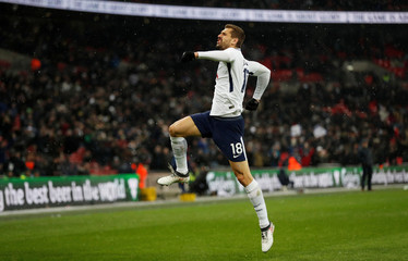 FA Cup Fifth Round Replay - Tottenham Hotspur vs Rochdale