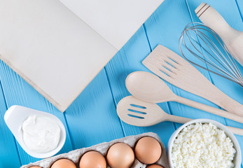 Fotobehang Zuivelproducten Fresh dairy products on blue wooden background