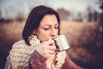 Women drinking coffee outdoor