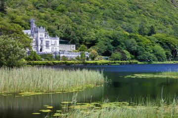 Ireland, Kylemore Abbey and lake