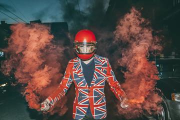 ATTITUDE,ENGLAND,FLAG,,SMOKE BOMB,RED,TRAFFIC