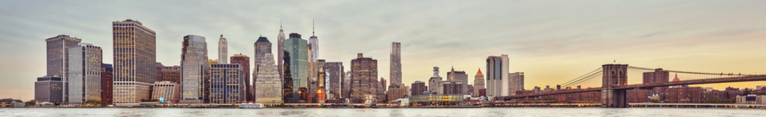 Panoramic picture of the Manhattan skyline at sunset, New York City, USA.