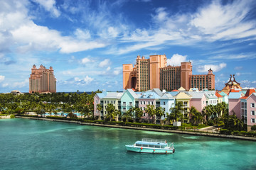 Beautiful scene of Nassau landscape with a boat cruising