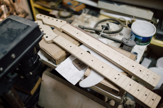 Electric guitar neck made out of wood