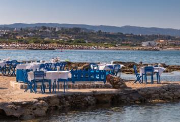 Strandrestaurant in der Bucht von Kolymbia, Rhodos