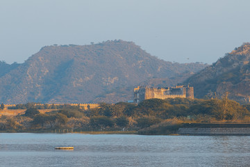 Fort in India surrounded by mountains and water