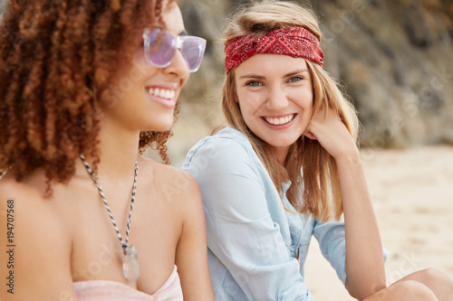 free-lesbian-blonde