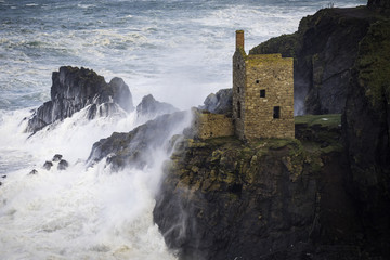 Storm waves at Botallack