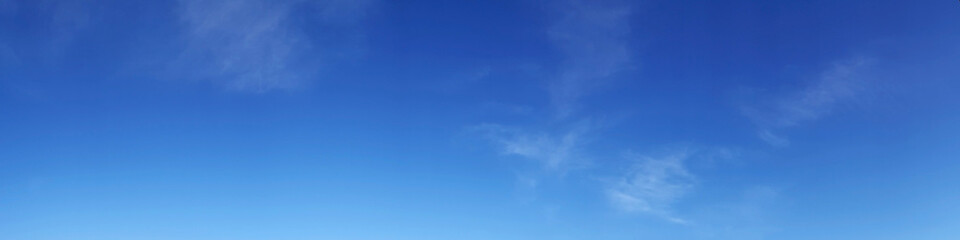 Vibrant color panoramic sky with cloud on a sunny day. Beautiful cirrus cloud. Fotobehang