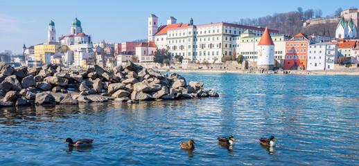 Panorama von der Innpromenade in Passau